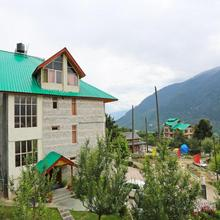 OYO 7008 Astha Cottage in Manali