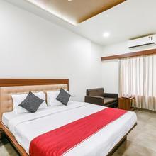 OYO 7057 Global Inn in Aurangabad