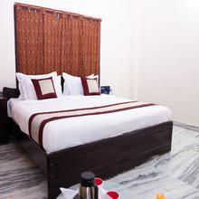 Oyo 7141 Ss Guest House in Nellore