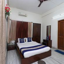 OYO 7173 Tulsi Guest House in Agarpara