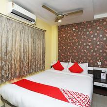 OYO 718 Hotel Saad in Alipore