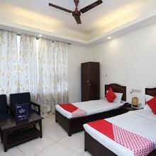 OYO 7246 Hotel Vivek in Gorakhpur