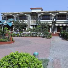 Oyo 7293 Basilica Holiday Home in Khopoli