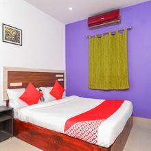 Oyo 7345 Vasishta Inn in Arakku