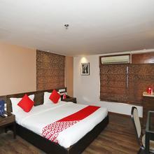 Capital O 736 Hotel Saltee Deluxe in Agarpara