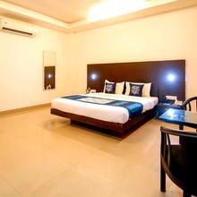 OYO 7510 Hotel Mithila in Vaikom