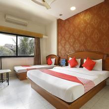 OYO 7693 Saish Hotel in Shirdi