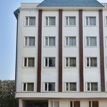 OYO 7706 Grand Hridey in Amritsar
