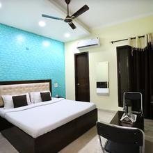 Oyo 7724 Hotel Kohinoor City in Dera Bassi