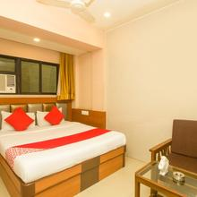 OYO 7727 Hotel Sarovar Grand in Panvel