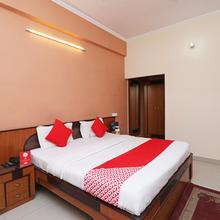 Oyo 7769 Hotel Atithi in Bareilly