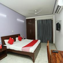 Oyo 7785 Kumar Residency in Faridabad