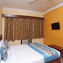 OYO 7786 Hotel Monsoon Palace in Guwahati