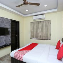 OYO 7790 Hotel Royal Height in Sankrail