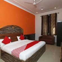 OYO 7812 Shree Radha Resort in Mathura