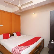 OYO 7847 New Mega Palace in Danapur