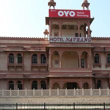 OYO 7880 Hotel Navrang in Dadhdevi