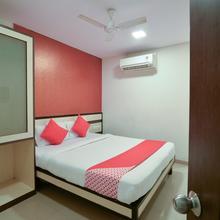 Oyo 7892 Hotel Minerva Residency in Mandvi