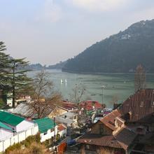 OYO 8077 Hotel Madhuban in Nainital