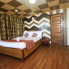 OYO 8223 Hotel Broadway in Takdah