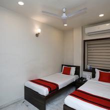 OYO 8318 Beeu Guest House in Kolkata
