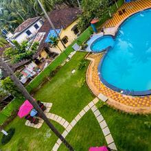 OYO 832 Shivam Resorts in Parra