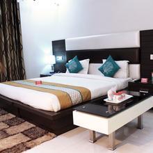 Oyo 843 Hotel Daffodils Inn in Dera Mandi