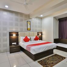 OYO 8484 Hotel Royal Residency in Vadodara
