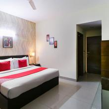 OYO 8576 Hotel Jiwan Plaza Deluxe in Kauli