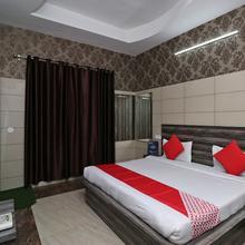 Oyo 8616 Hotel Inderlok in Ambala