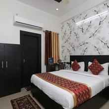 OYO 8680 Hotel Vaishnavi Inn in Lucknow