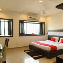 Oyo 890 Seven Suites Apartment in Nagpur