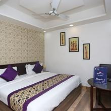 Oyo 8961 Hotel Rr Palace in Gorakhpur