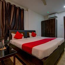 Oyo 8976 Hotel Park Street 2 in Hatia