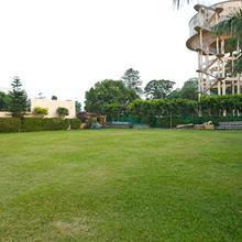 Oyo 8983 Royal Inn in Dehradun