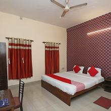 Oyo 9001 Hotel East West in Kolkata