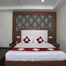 OYO 9033 Hotel Royal Krishna in Dami