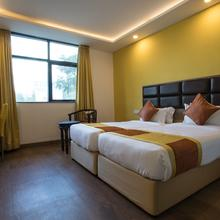 Oyo 9045 Cosmopolitan Hotel in Indore