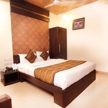 OYO 905 Galaxy View Hotel in Chaukhandi