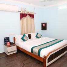 Oyo 9114 Akash Residency in Tirupati