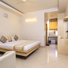 OYO 9145 Hotel Shanta Inn in Chinhat