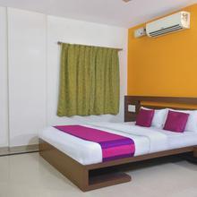 Oyo 9151 Hotel Sri Sai Comforts in Bengaluru