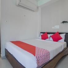 Capital O 918 Hotel Nera Regency in Himayatnagar