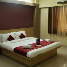 OYO 9195 Hotel Sagar Inn in Loni Kalbhor