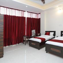 OYO 9275 Hotel Royal Inn in Faridabad