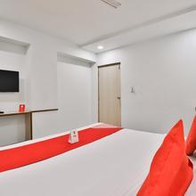Oyo 9351 Hotel Rvg in Padra