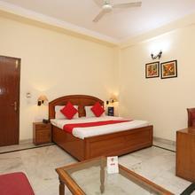 OYO 9585 Hotel Maharaja Palace in Faridabad