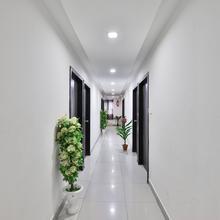 Oyo 9591 Hotel Neel Kamal in Sanand