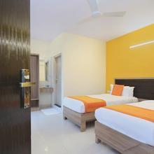 OYO 9605 Hotel Golden Inn in Baiyyappanahali
