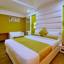 Oyo 963 Hotel Rumaya in Indore